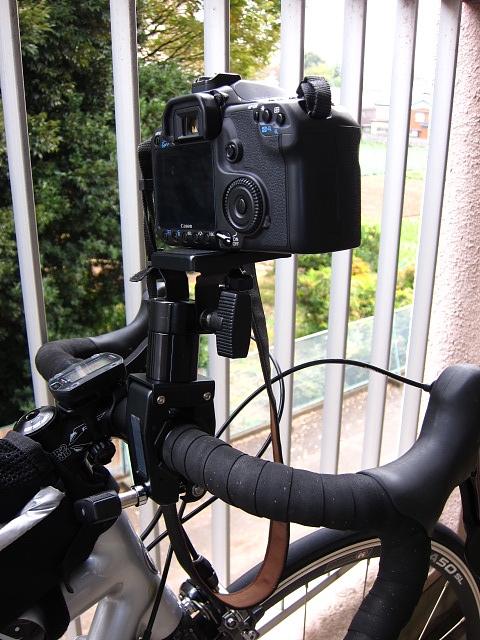 自転車用 自転車用カメラクランプ : コンデジだけでなく、一眼レフ ...