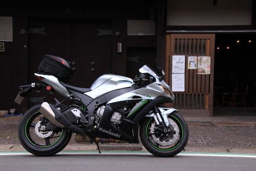 ZX10R18_01.JPG