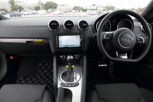 auditt_cockpit_29.JPG