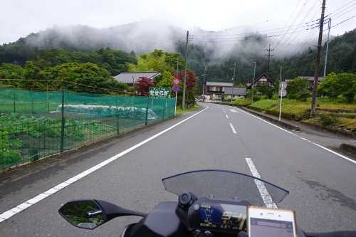niken_naguri_10.JPG