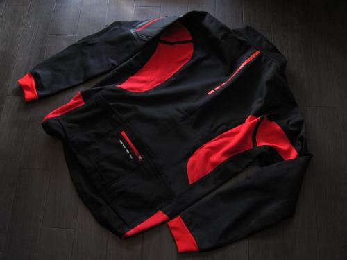 windbreakjacket_02.JPG